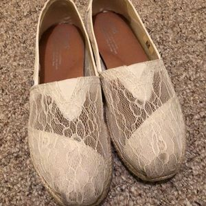 TOMS WEDDING SHOES - size 8